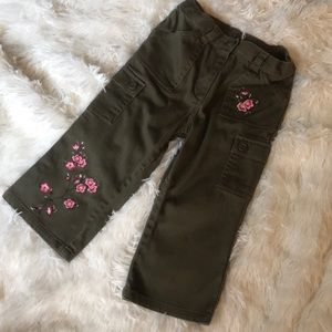 EUC Gymboree Embroidered Cargo Pants